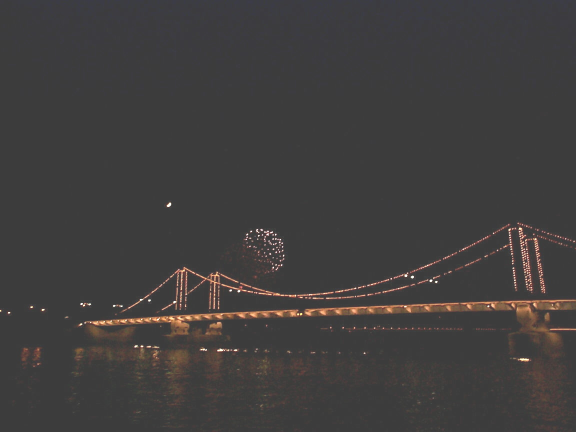 and more fireworks over chelsea bridge